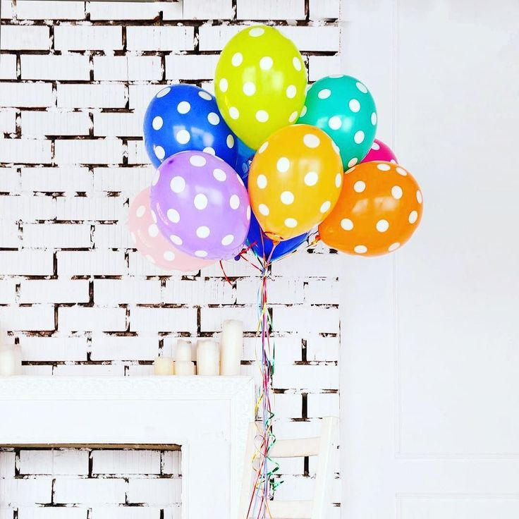 Tanti Auguri a Me!     #birthday #mybirthday #compleanno #miocompleanno #livethelittlethings #flashesofdelight #nothingisordinary #createeveryday #createdtocreate #creativeentrepreneur #peoplecreatives #livecolorfully #liveautentic #dosomethingdifferent #palloncini #balloons #pois #makemoments #lavitainunoscatto #freedomthinkers #colours #colorful #multicolor #bevisuallyinspired #awesomepic