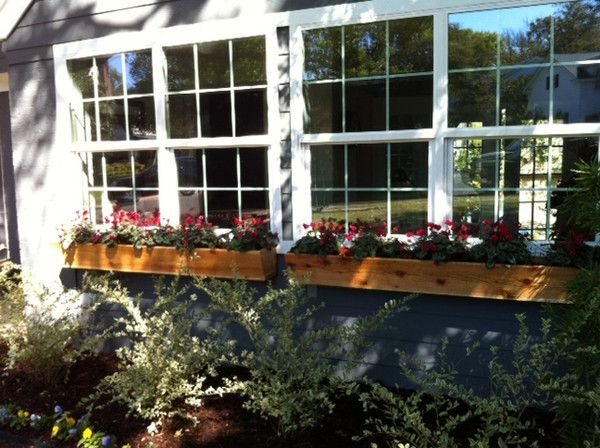 1000+ images about window boxes on Pinterest | Window boxes, Home ...