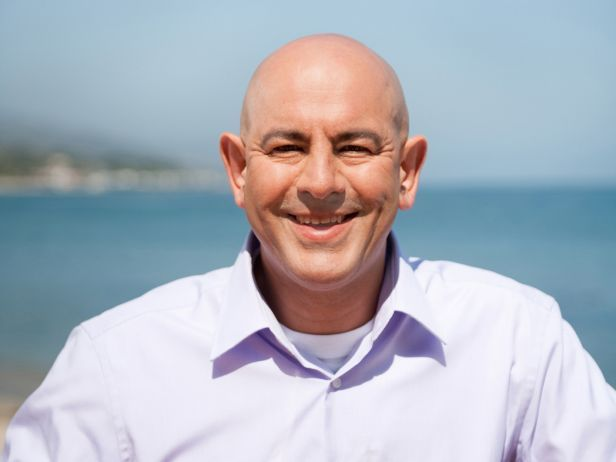 Simon Majumdar Bio : Food Network
