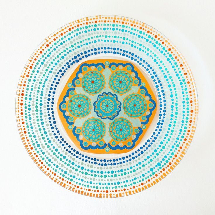 These hand painted Mandala plates can be customized in the color pallette of your choice. They make one of a kind Mothers Day gifts and are completely food safe 💙  www.TheNocturnalPanda.etsy.com  #plates #mandala #dinnerware #food #foodie #interiordesign #design #designer #artistsoninstagram #art #geek #luxury #home #momlife #mom #etsy #arizona #arizonaartist #kitchendesign #cooking #tablescape #thenocturnalpanda #mesaaz #scottsdale #wedding #eventplanner #yoga #lifestyle