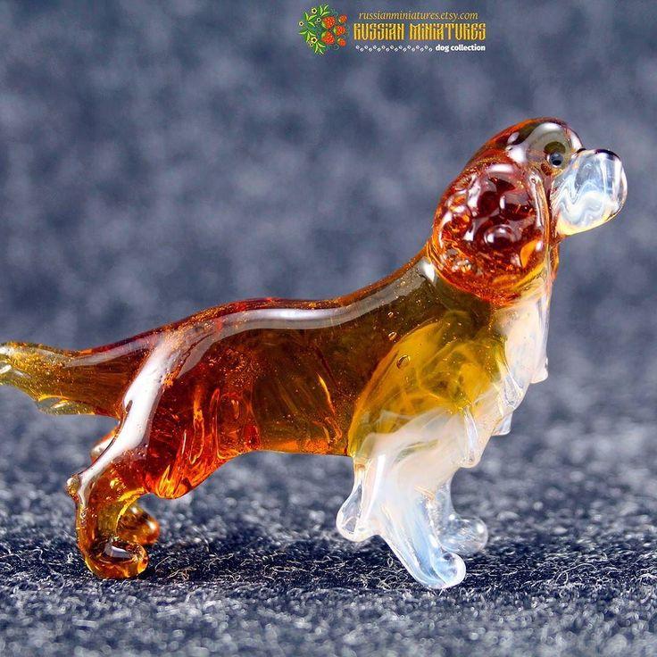 Color Glass Cavalier King Charles Spaniel Figurine.  Check out here: https://goo.gl/5DjBGS Dogs collection: https://goo.gl/RByga4  #cavalierkingcharlesspaniel #cavalierkingcharles #cavaliers #dogsofinstgram #kingcharles #kingcharlescavalier #cavalierking #cavalierpuppy #boxerworld #boxeraddict #puppyoftheday #puppies #labstagram #labs_of_insta #labradorable #dogsofficialdog #corgisofinstagram #cockerspaniel #mydog #russianminiatures #pets #petsagram #dogsofinsta #dogselfie