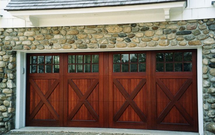 Installing Carriage Style Garage Doors to Improve Your Exterior - http://www.ideas4homes.com/installing-carriage-style-garage-doors-improve-exterior/