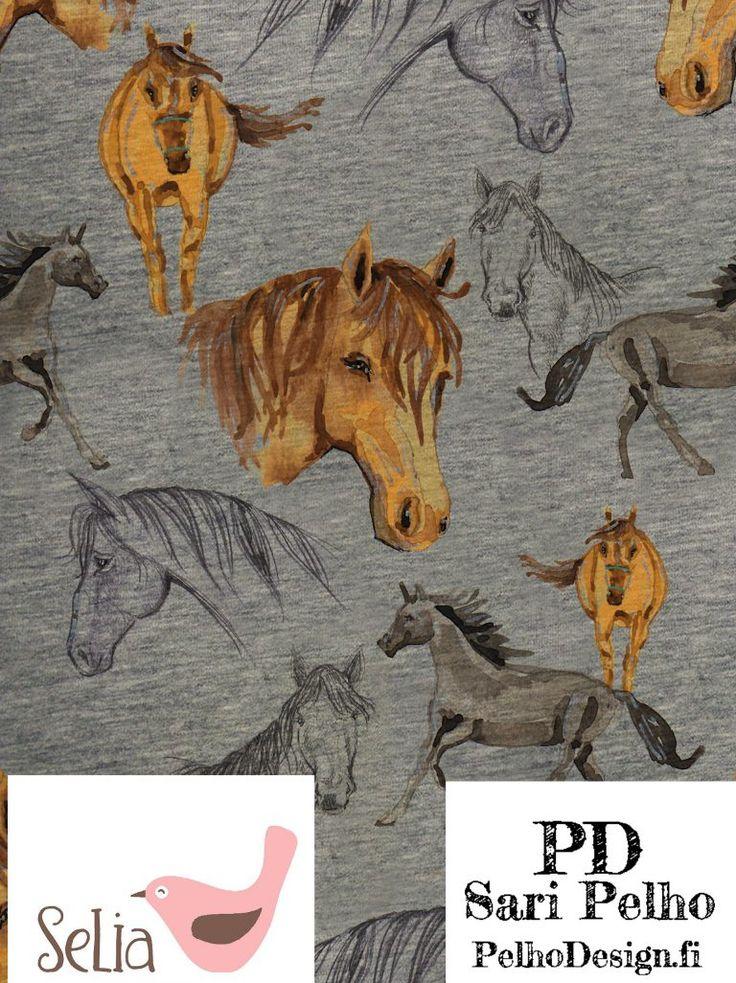 Meleeratulla pohjalla Sari Pelhon suunnittelemia heppoja. Isoin hevosenpää on 7 cm korkea. Valmistuttaja: Selia, kuosin suunnitellut Sari Pelho/PelhoDesign Neliöpaino: 240 g/m2 Leveys: n. 150 cm Materiaalitiedot: 96 % luomupuuvilla, 4 % lycra, Ökotex 100 standardi Pesu: 40 asteessa nurin käännettynä Kutistuvuus: 1-5 % Valmistettu euroopassa. Kankaat myydään 0,1m tarkkuudella eli ostaessasi kangasta esim. 0,5m lisää...