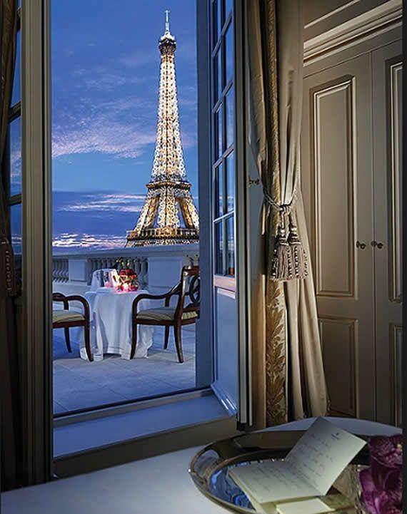 That would be an epic view.. | Shangri La  - Paris