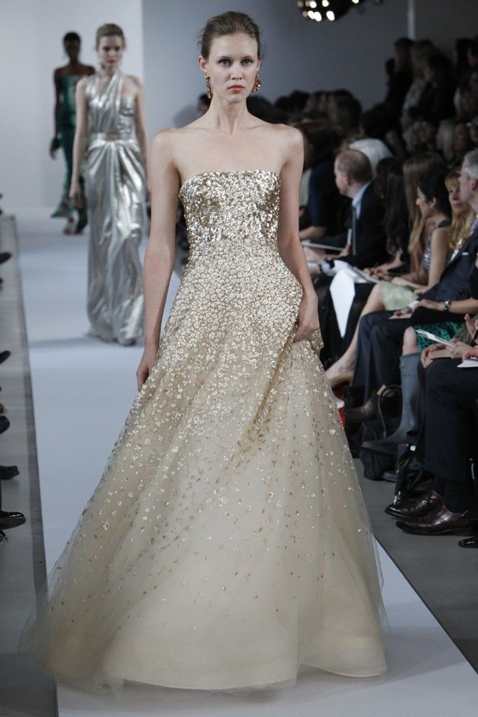 315 best wedding dress hair ideas images on pinterest for Oscar de la renta short wedding dress