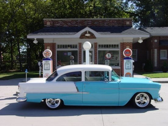 1955 chevy.  Put a visor on it ,take off those beautiful wheels and you are looking at my first car!!!!!!