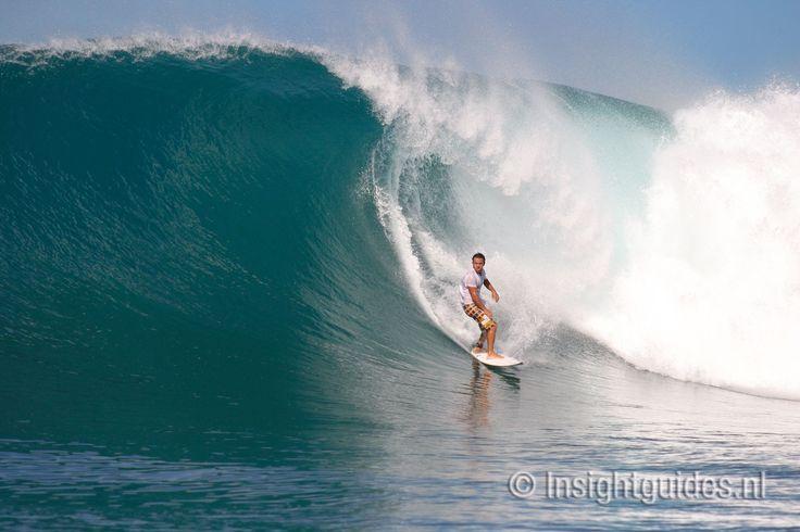 Het is goed surfen rond Nias, Indonesië