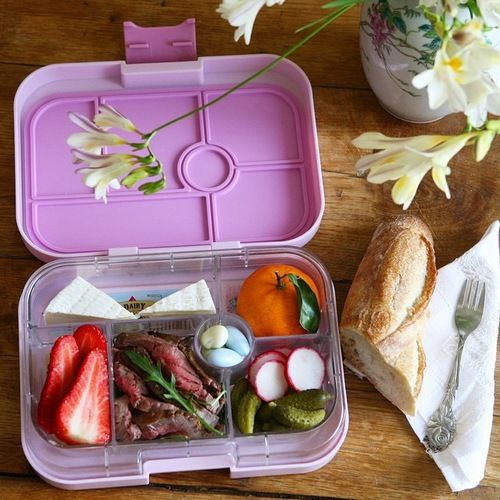 Pink Lemonade Classic Yumbox with French lunch