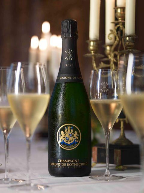Servi entre 8 et 10°C, ce #champagne exprimera tout son #caractère et sa #limpidité