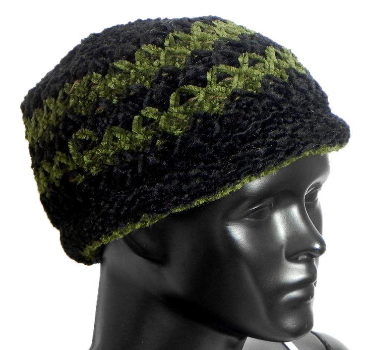 Ladies Hand Knitted Black and Green Woolen Beannie Cap (Woolen)