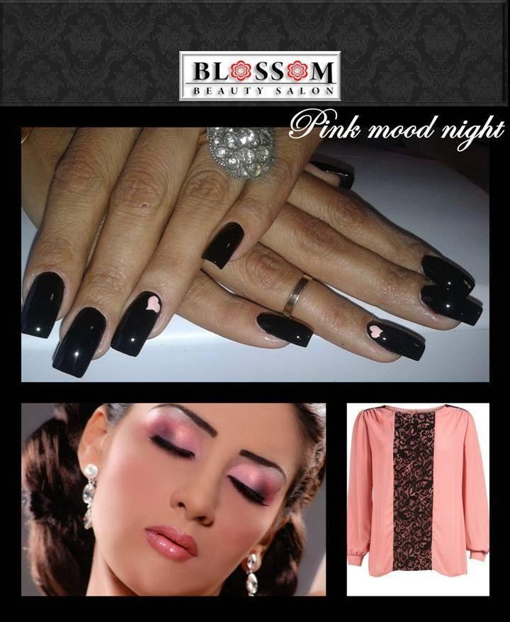 Lovely black&pink manicure  Daca iti place culoarea roz, dar si echilibrul cromatic iti recomandam urmatoarea combinatie: roz (neon) si negru, cu accent pe negru. Acest model de manichiura este modern si nonconformist, putand fi purtat de orice femeie indiferent de culoarea tenului. Propunerea noastra merge purtata in special cu prietenii, in oras, seara fiind un look casual.  Poti opta pentru un dual tone roz&black si in vestimentatie, plus machiaj. Vei fi remarcata cu siguranta si…