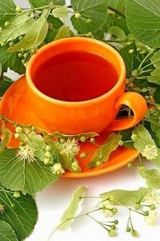 INFUSIÓN DE TILA... Conocido popularmente como tila, el té de tilo se obtiene de la flor de este árbol, por lo que es un tipo de té proveniente de flores. Desde siempre se ha utilizado como relajante debido a una serie de cualidades antidepresivas que posee, pero tiene otra cantidad de beneficios para el organismo que debemos tener en cuenta.
