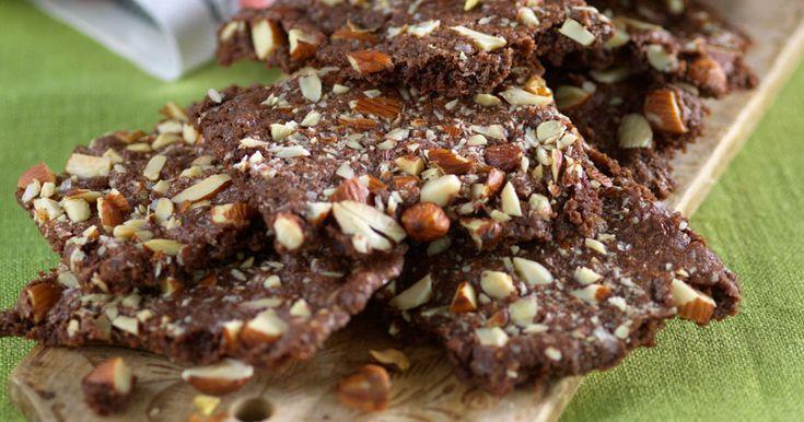 Kalasa på knapriga chokladrutor med nötter!