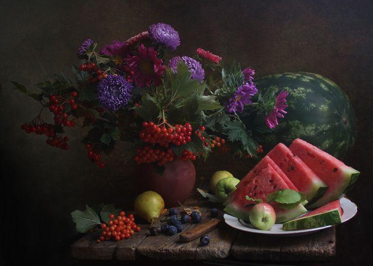 photo: С яблочком... | photographer: Марина Филатова | WWW.PHOTODOM.COM
