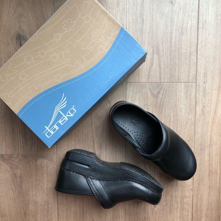 Dansko Shoes | Dansko Professional Cabrio Clog In Black | Color: Black | Size: 8