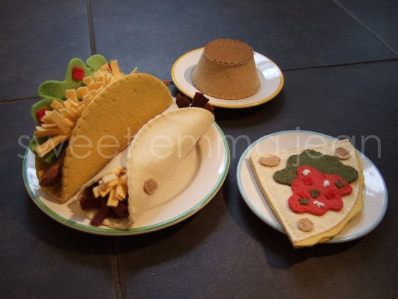 Pattern for making a felt taco dinner, complete with soft flour tortillas, crunchy taco shells, seasoned beef, refried beans, shredded cheese, lettuce, tomatoes, flan, and a cheese quesadilla with red salsa & salsa verde. Pattern is $6.99 on Etsy.