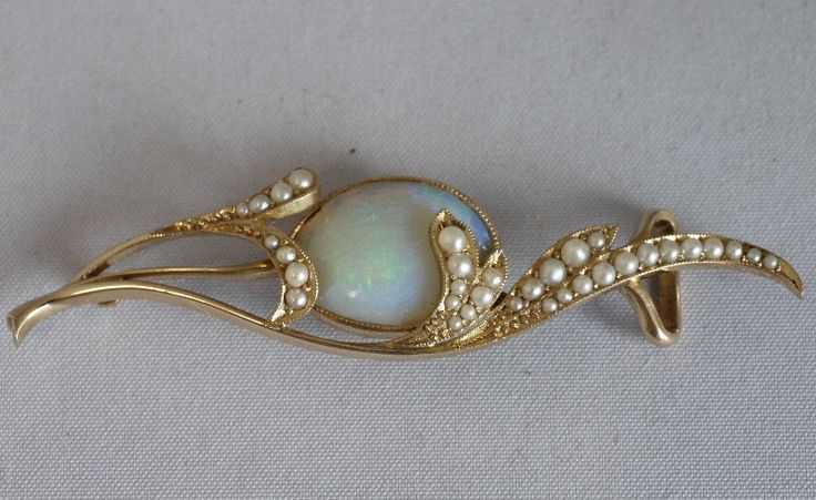 Gold, opal and mustard seed pearl obi (sash) pin by Mikimoto. Thought to be made in the Taisho period 1912-1926.