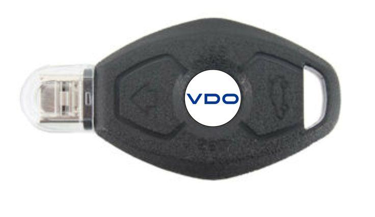 MEMORIA USB FORMA LLAVE DE COCHE