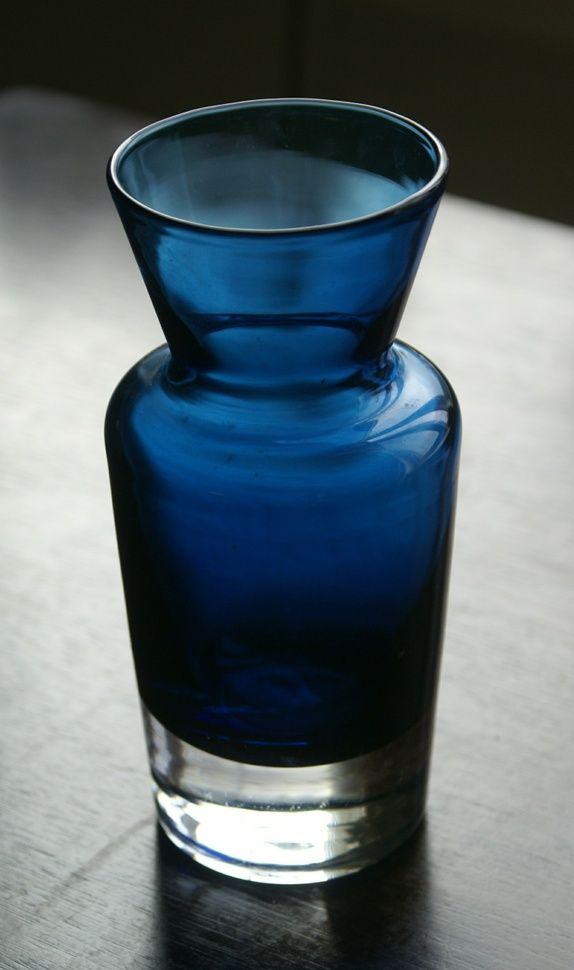 Hadeland- Blå vase Willy Johansson