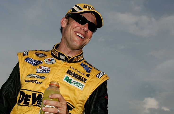 25 years of finishing second: All-Star race runner-ups  By Steve Luvender | Wednesday, May 17, 2017  2009: Matt Kenseth    It looked like the 2009 All-Star Race trophy and million dollars belonged to Matt Kenseth until Tony Stewart slipped by for the victory with two laps remaining.  Photo Credit: Getty Images