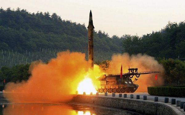 Prueba EU con éxito su interceptor de misiles