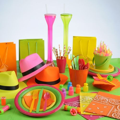25 best ideas about cheap party supplies on pinterest birthday party cheap first birthday - Cheap circus decorations ...