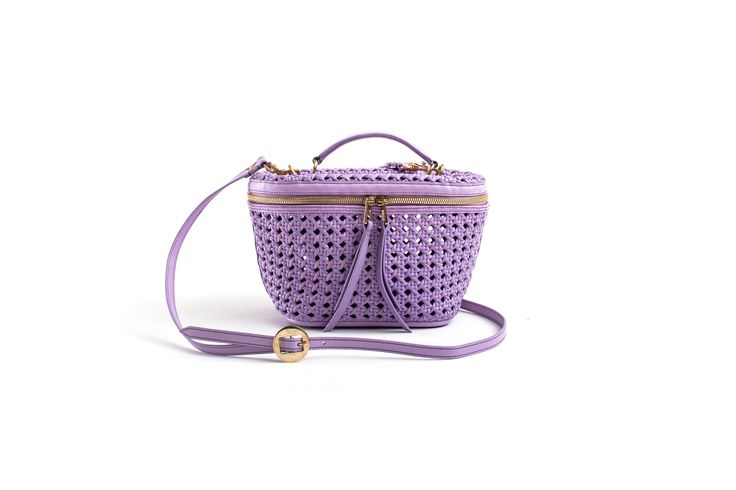 Benedetta Bruzziches, spring summer 2016 beauty bag lilac handwoven thonet!! Happily MADE IN ITALY by ARTIGIANAUTI