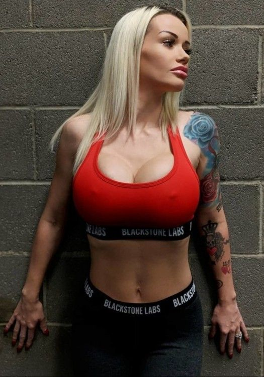 Pin auf curvy hot fitness babes