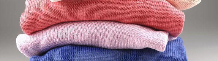 Kasjmier is niet langer uitsluitend een luxeproduct. Leuk voor de fans van zachte wollen truien, maar minder goed nieuws voor het milieu en de biodiversiteit. Lees hier waarom de democratisering van kasjmier ons zorgen baart.