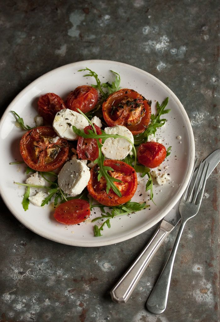 Oven roasted tomatoes with goats cheese and rocket saald on - Drizzle and Dip