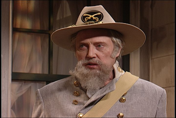 (video) Colonel Angus Comes Home | Saturday Night Live - HILARIOUS!!!!!!!! Christopher Walken