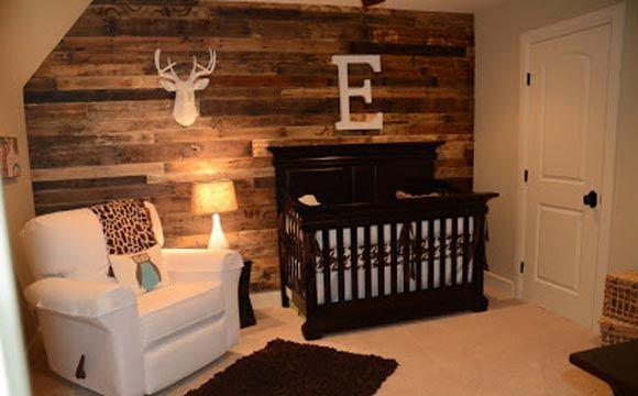 Decoração rústica no quarto de bebê