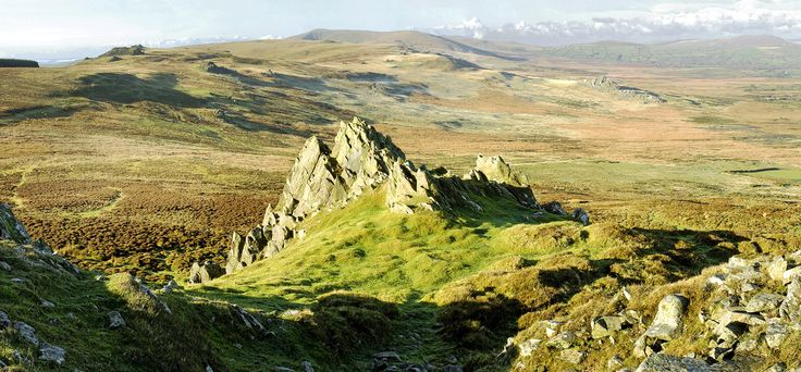 The Preseli Mountains, or Preseli Hills, which ever you prefer, rise out of the landscape to 536m in the northern half of Pembrokeshire.