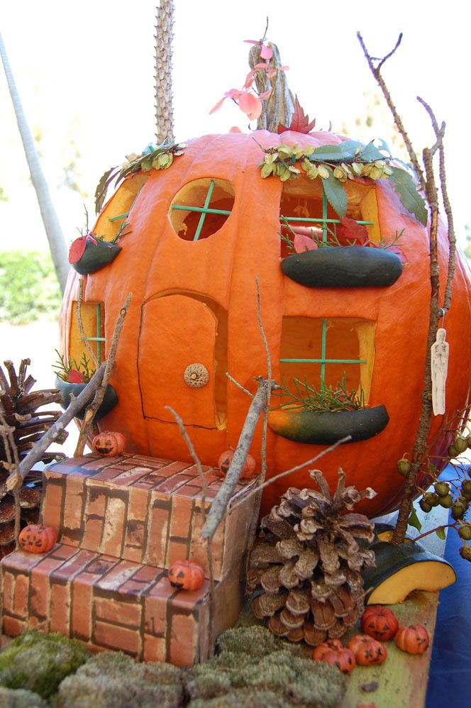 Inventive And Entertaining Halloween Pumpkin Decorating Concepts | Daily Creative Ideas