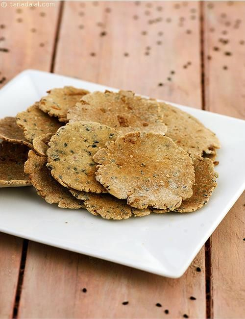 owar Onion Puris, onions and sesame seeds add flavour to the otherwise bland iron and zinc-rich Jowar flour used in these baked puris.