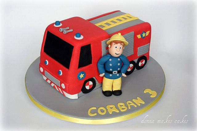 1) Classic fire-engine and Sam cake, engine made of cake, Sam of sugarpaste or Rice Krispie Treats