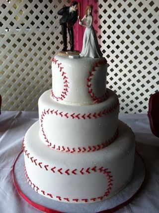 Baseball Three Tiered Cake I Ve Made Cakes I Made