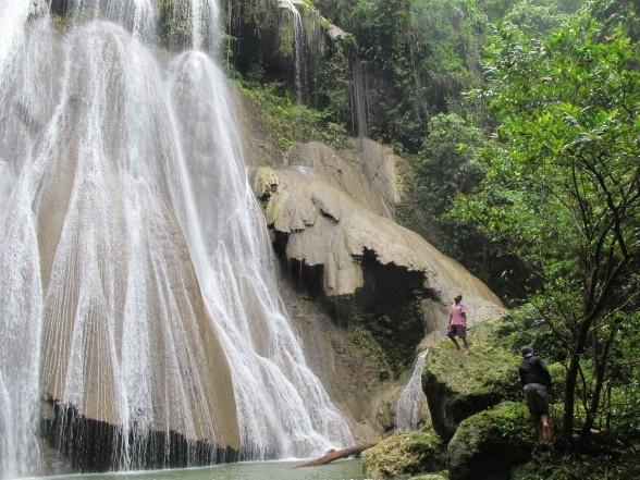 Raja Ampat waterfalls #zimmermanngoesto