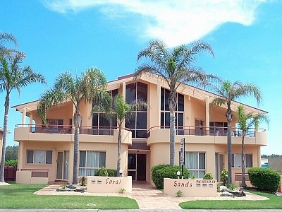 Coral Sands 2 - http://www.homeaway.com.au/holiday-rental/p401348035 #homeawayau #forster #holiday