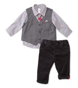 C&A conjunto http://www.c-and-a.com/es/es/shop/bebes-0-2-anos/ropa-de-vestir/ver-todo/conjuntos-bebe-134043-1.html