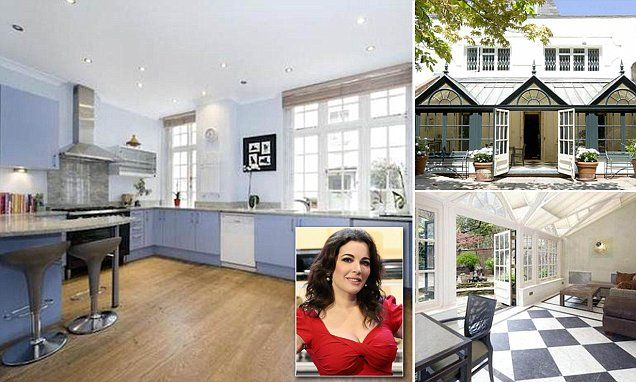 inside nigella lawson 39 s kitchen and the rest of her new house interior ideas. Black Bedroom Furniture Sets. Home Design Ideas