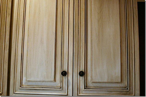 Kitchen cabinet makeover using Rust-Oleum Cabinet Transformations in Pure White Glazed