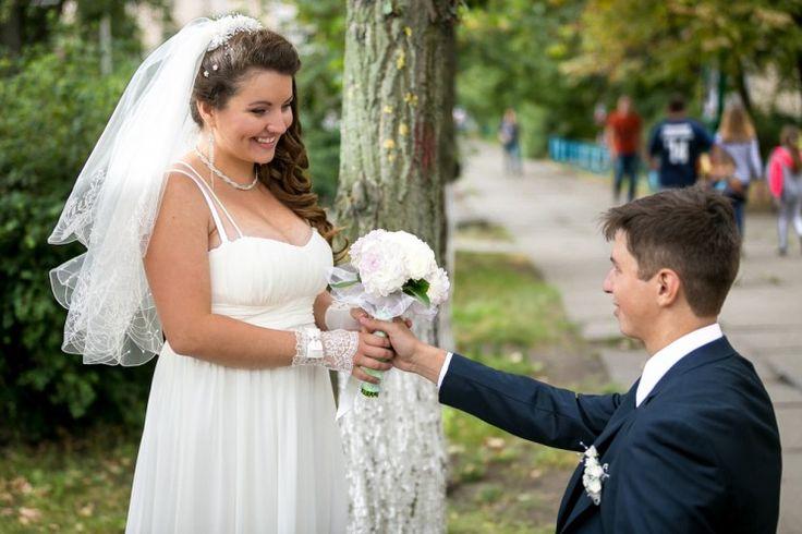 Как подобрать идеальное платье для полной невесты?