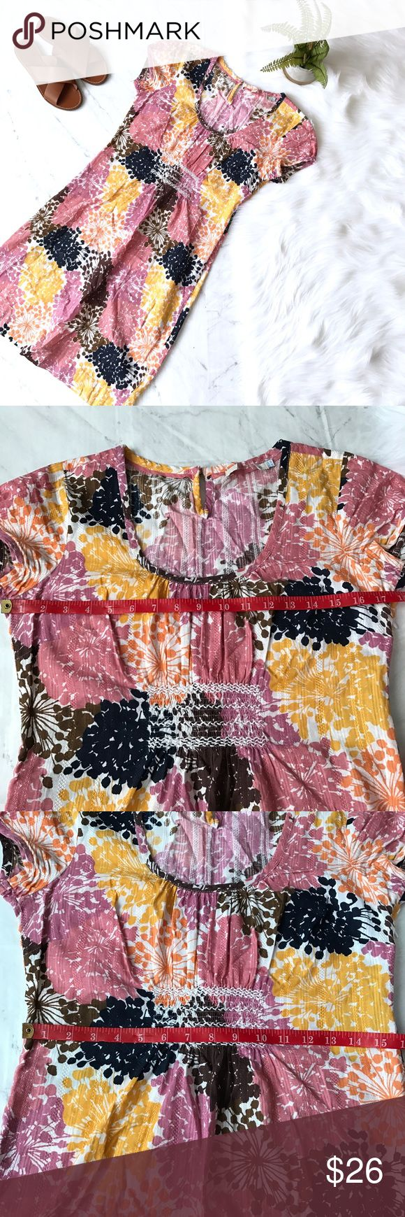 Boden dress sz 6 Casual printed Boden dress. Great condition. Middle of tag was cut out as pictured. Sz 6. Boden Dresses