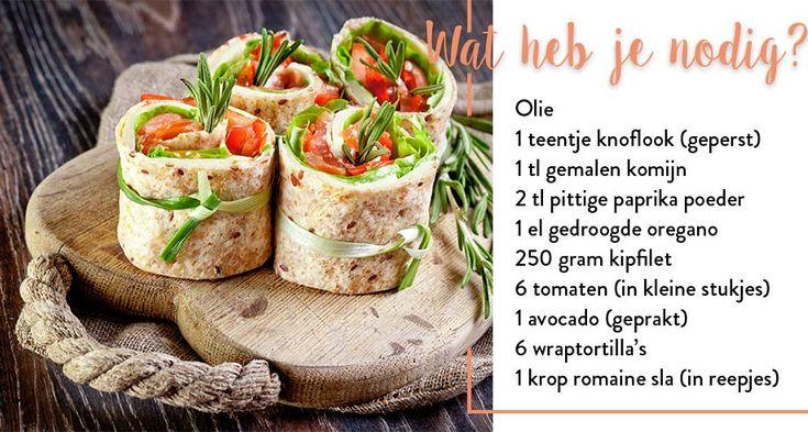 Chicken and tomato wraps:  Meng olie, knoflook, komijn, paprikapoeder, oregano, zout & peper en wrijf de kipfilet in. Bak de kipfilet in een koekenpan gaar. Snijd de kipfilet vervolgens in dunne plakjes. Leg een wrap op een bord en besmeer met avocado, zout & peper. Beleg met reepjes sla, plakjes kip, tomaat en rol op. Snijd de wraps in stukjes en herhaal voor de andere wraps!