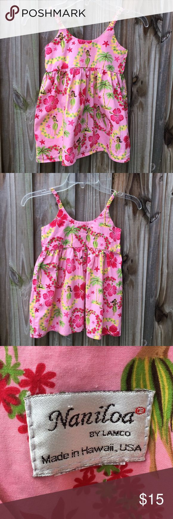 """Hawaiian girls dress. EUC Hawaiian girls dress. EUC. No size. All cotton. Brand is Naniloa. Pit to pit measures 12"""" across. Love this little cutie. There is one loop for a tie or belt in back. No belt with dress- I would tie a ribbon around it! naniloa Dresses Casual"""