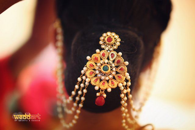 Hairstyles For The Wedding - Hyderabad weddings | Piyush & Puja wedding story | Wed Me Good #hairstyles #bride #wedmegood