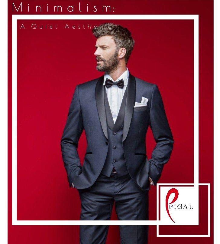 Outfi per lo sposo raffinato, elegante e minimalista. (Petrelli cerimonia sposo) #wedding #groom #sposo #abitouomo #abitosposo #petrelli #eleganza #elegance #blue #bluesuit #pigal #pigalboutique
