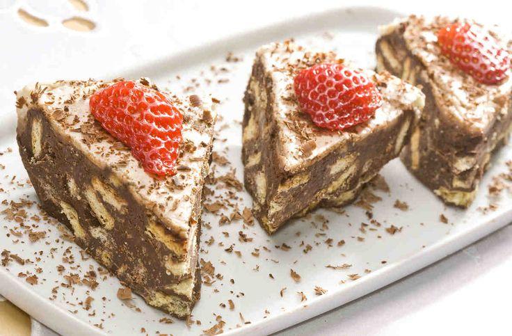 Ciasto bez pieczenia. #ciasto #czekolada #truskawki #herbatniki #smacznastrona #deser #chocolate #mniam #food