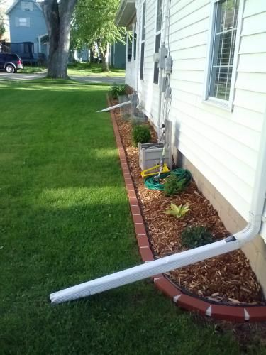 Argee 25 Ft Decorative Plastic Brick Edging Red Garden